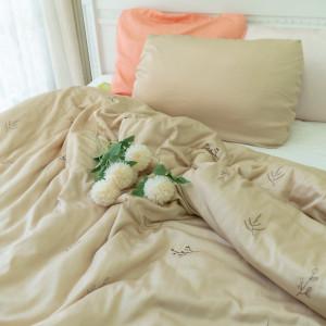 Chăn thêu bốn mùa - Leaf Blanket
